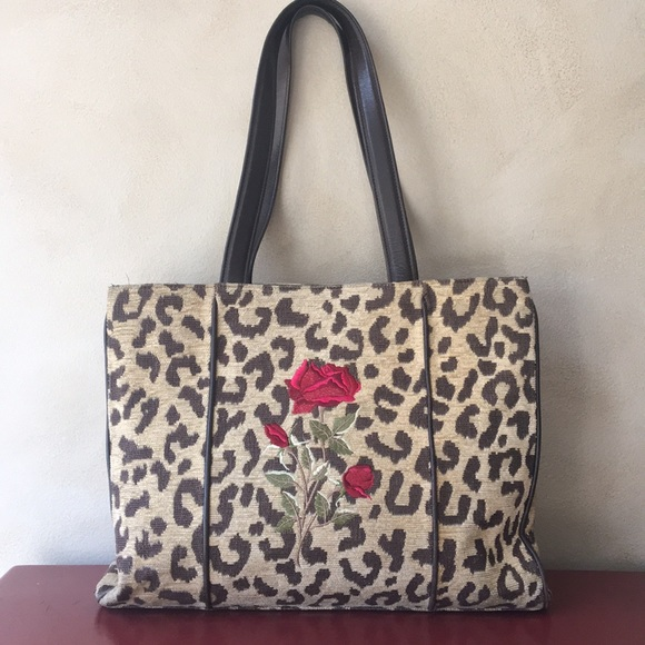 f351cb6001 Isabella Fiore Handbags - ❤️SALE❤️Isabella Fiore Handbag